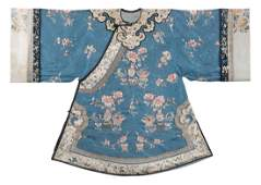 A Framed Chinese light-blue lady robe, Qing dynasty,