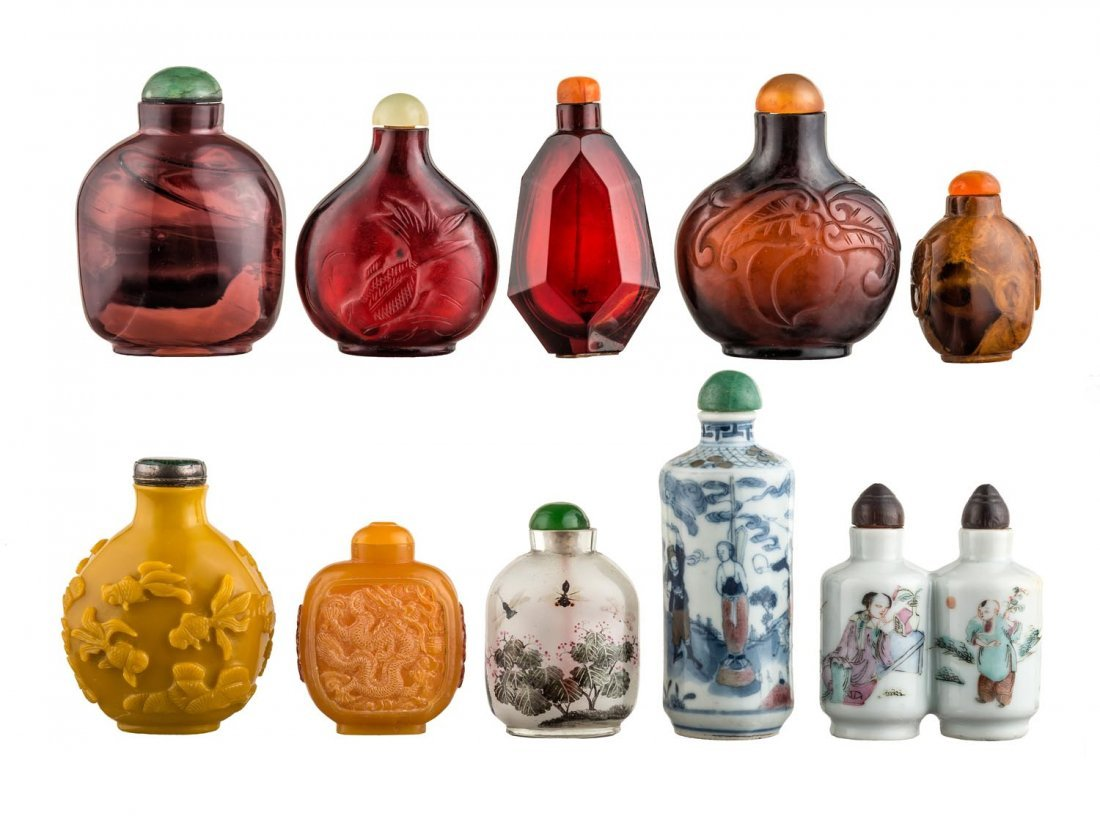 A box of 10 Chinese snuff bottles, late 19th Century