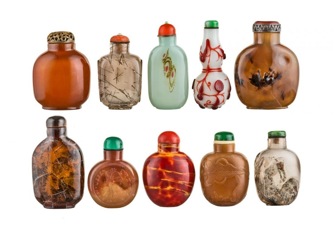 A box of 10 Chinese snuff bottles, 20th Century
