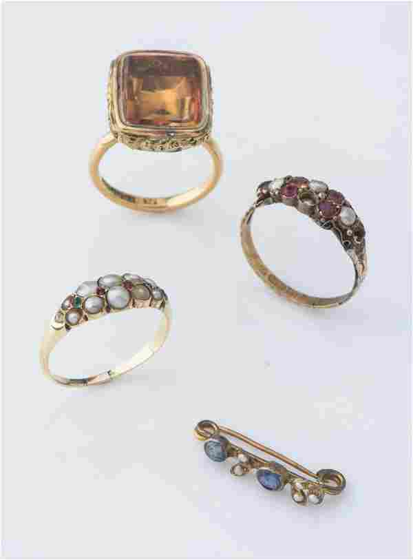 A collection of antique jewellery including two seed