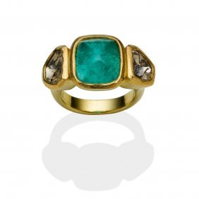 An Emerald And Diamond Ring, The Sugarloaf Emerald Set