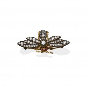 A Victorian Diamond Insect Brooch, Circa 1900. Set
