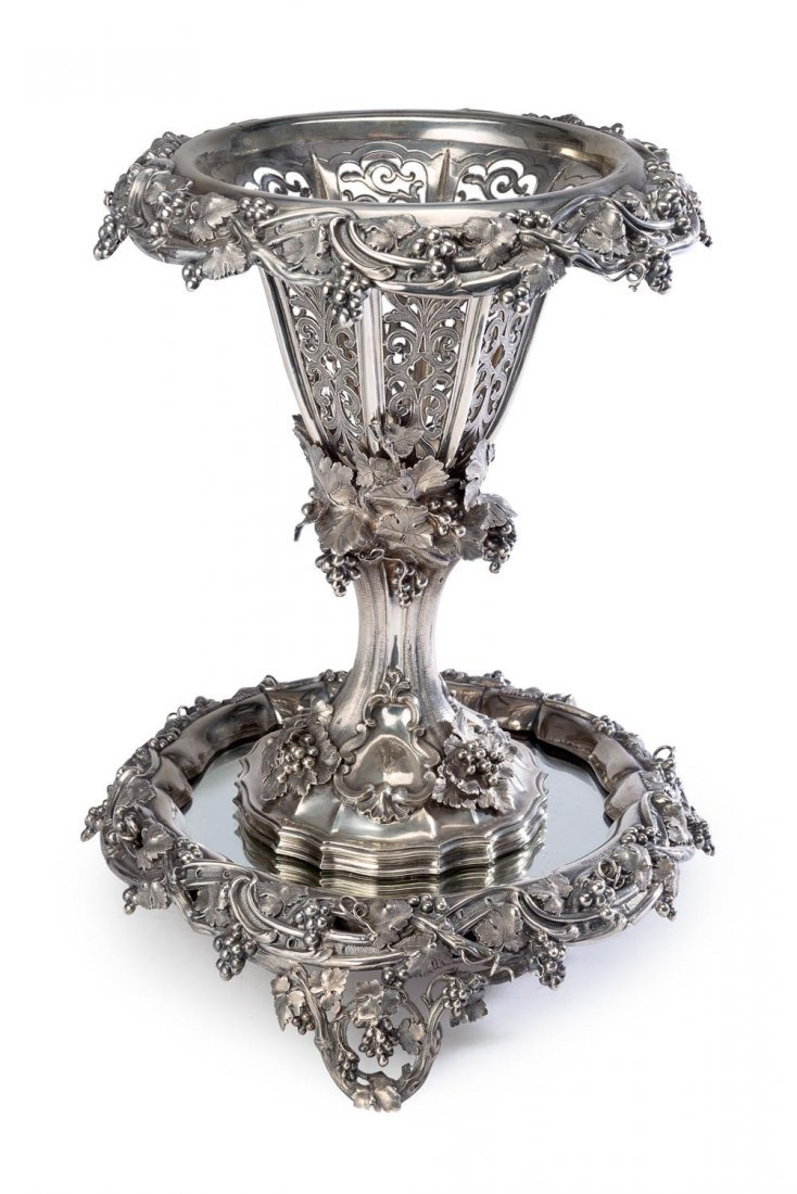 A Victorian sterling silver centrepiece, on circular