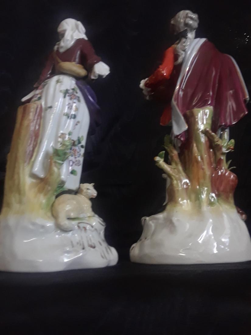 Pair of Porcelain Figurines - 2