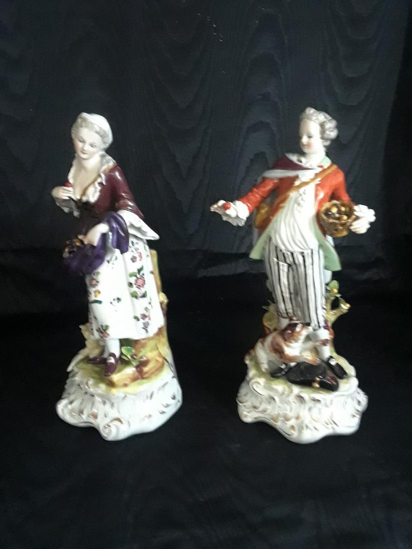 Pair of Porcelain Figurines - 3