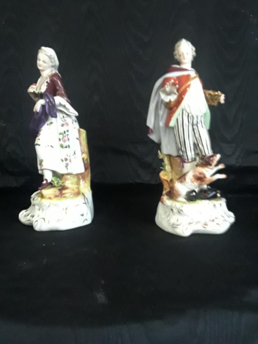Pair of Porcelain Figurines - 7