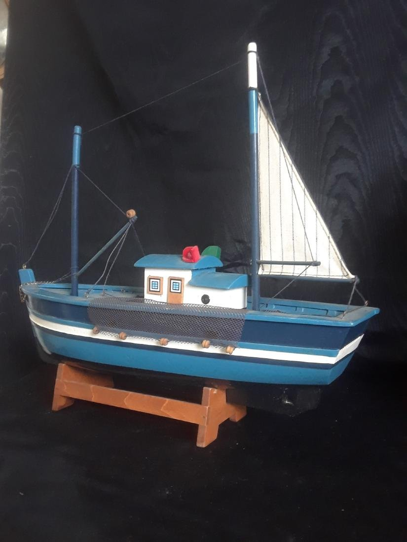 fishing boat with sail - 4