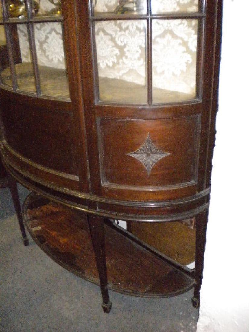 Demi-lune display cabinet - 2