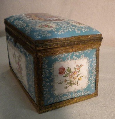 2: Amazing enamel box - 3