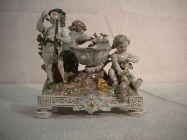 4: Children porcelain group