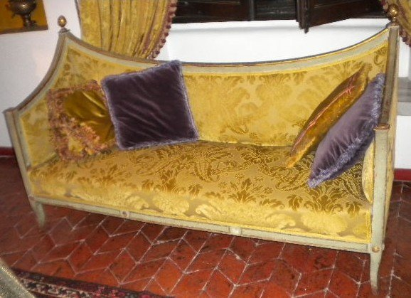 1: An Italian Neoclassic lacquered and parcel-gilt cana