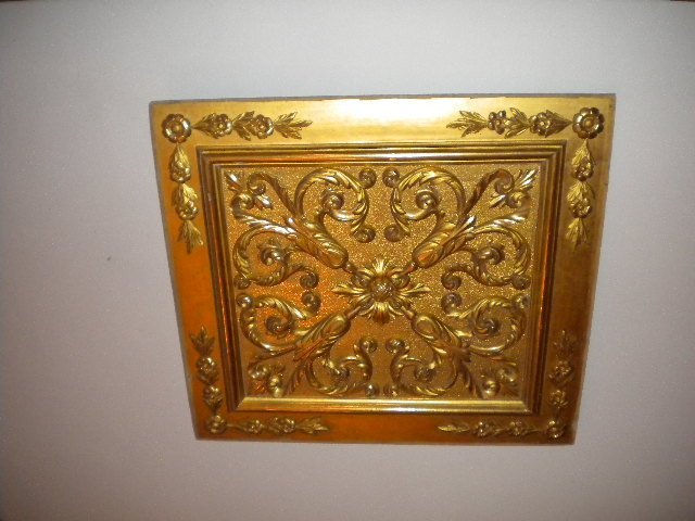7: Pair of golden fragments
