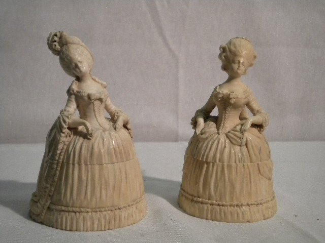 Pair of ivory boxes
