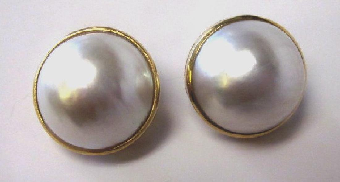 Mabe pearls earrings