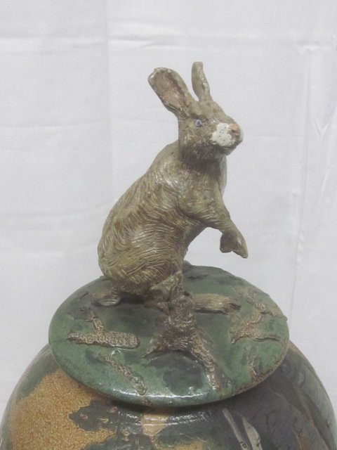Eileen Murphy Pottery, Rabbit