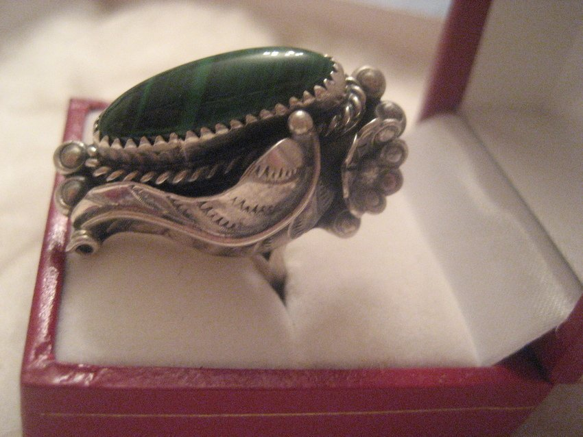 30: Navajo Sterling Silver Feather & Flower Ring - 2