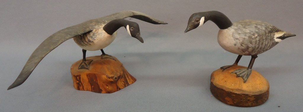 15: TWO H.M. HANELT MINIATURE CARVINGS OF CANADA GEESE