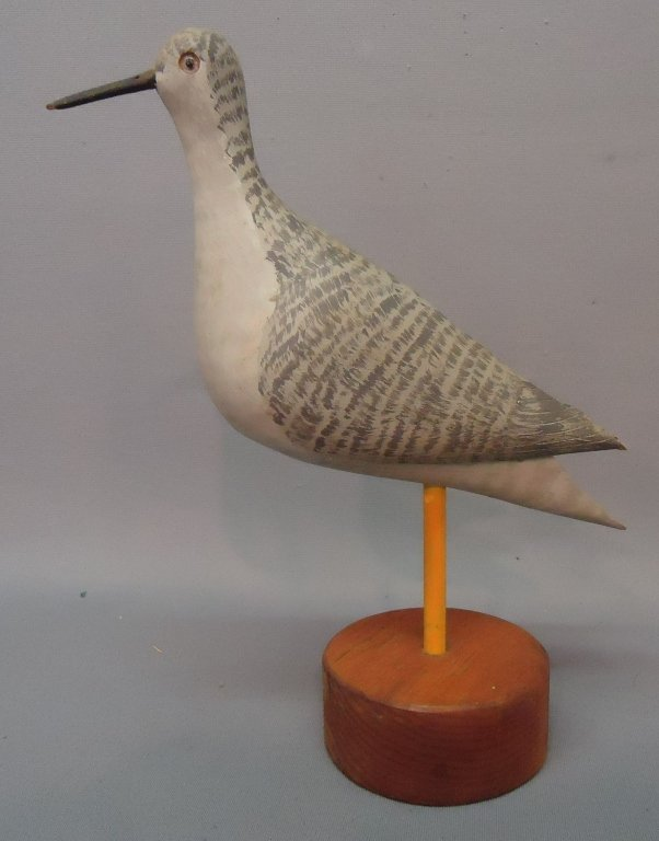 16: H.M. HANELT CARVING OF AN OLD STYLE YELLOWLEGS