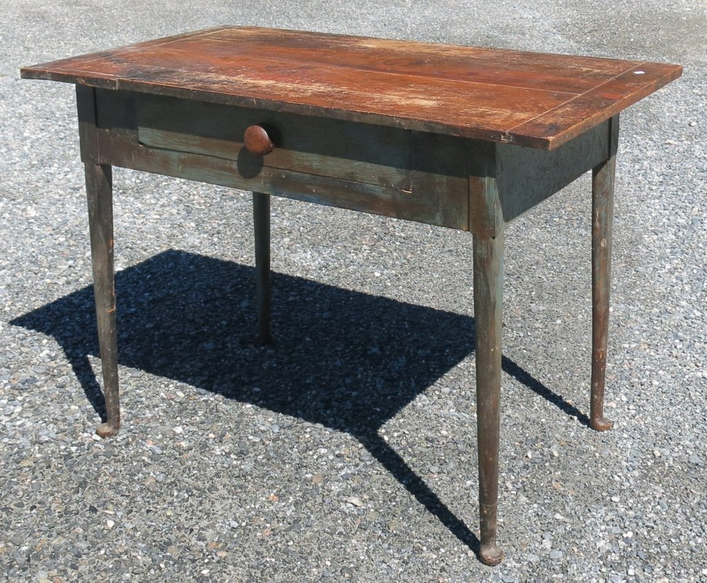 EARLY MAPLE PADFOOT TABLE WITH SINGLE DRAWER