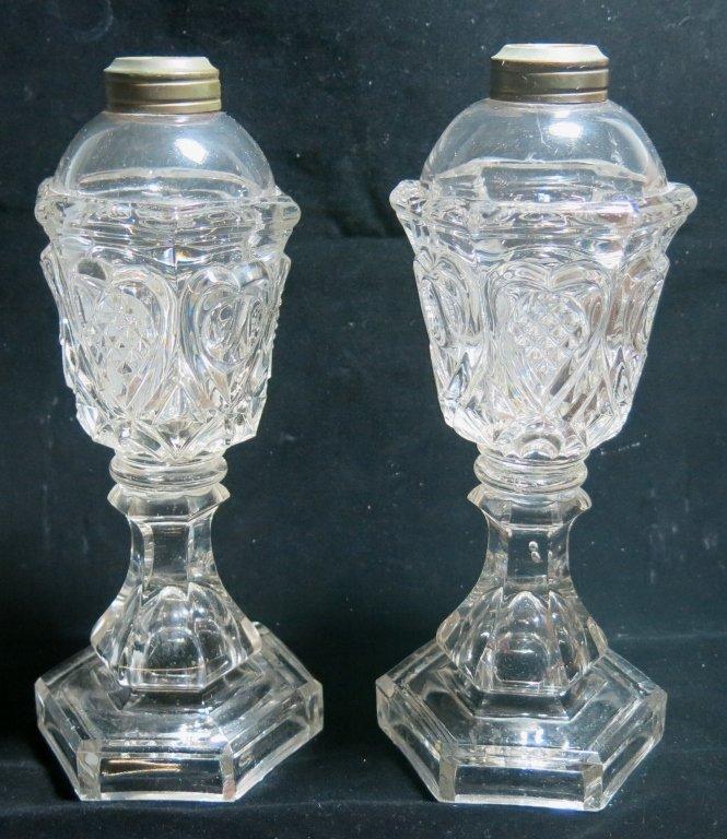 PAIR OF SANDWICH GLASS FLUID LAMPS