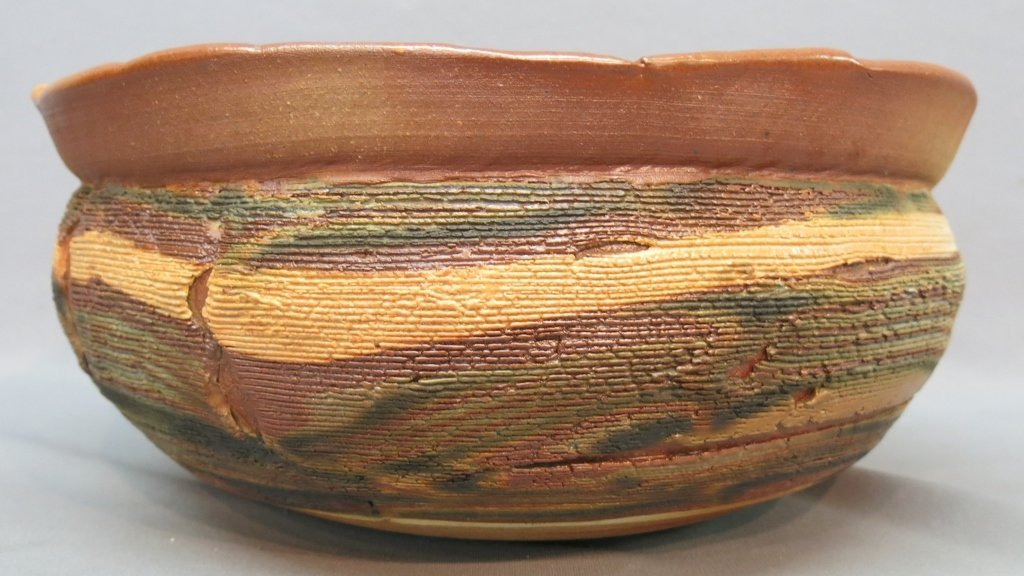 LARGE MAKOTO YABE ART POTTERY BOWL - 2