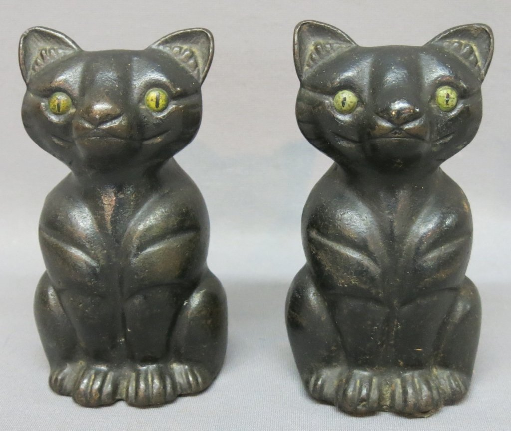 PAIR OF OLD CAST IRON SEATED CAT DOORSTOPS