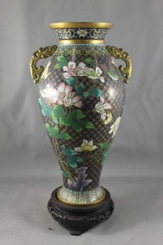 19: CHINESE TWIN HANDLED CLOISONNE VASE