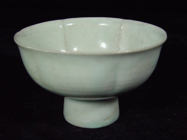 6006: Antique High Footed Bowl from Song Dynasty