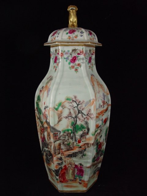 6087: Large Chinese export Rose Mandarin vase