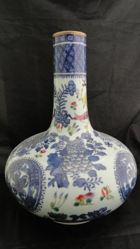 019: Large 19th Century Chinese Export Fitzhugh vase