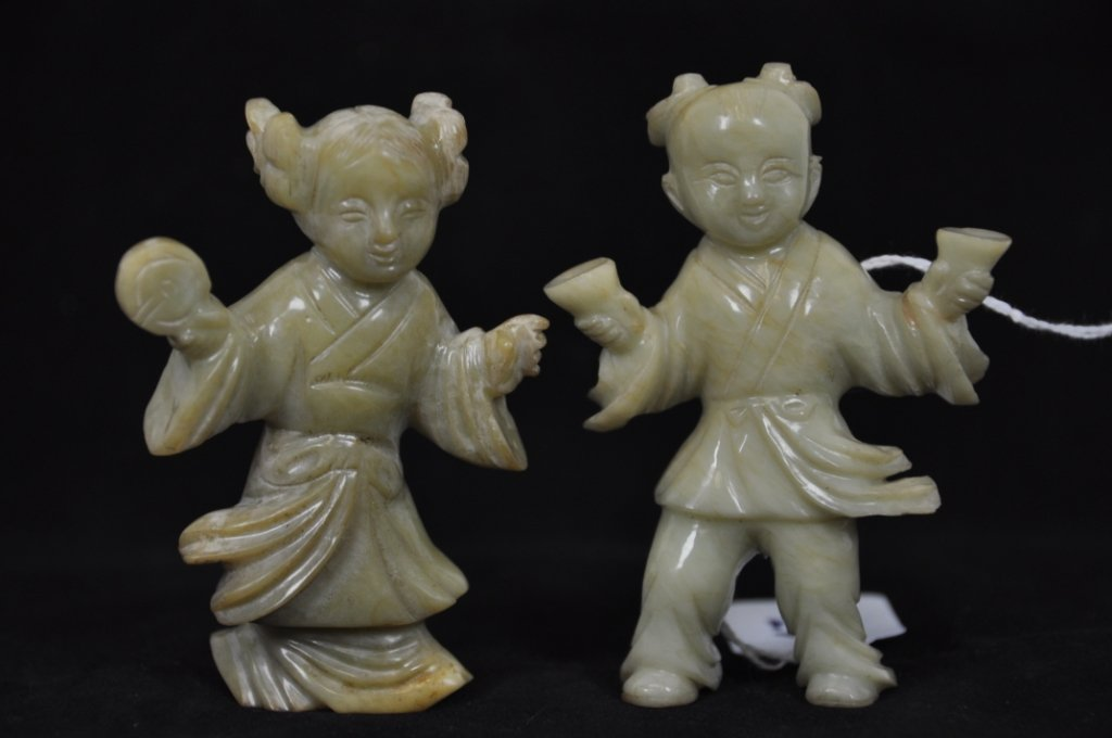13: 18TH CNETURY A PAIR FIGURE OF BOY AND GIRL JADE Tal