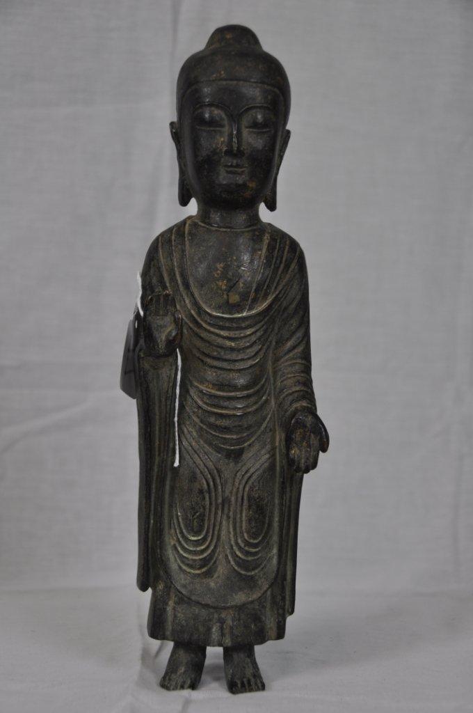 77: THE 13TH - 15TH CENTURY ANTIQUE KOREAN BRONZE BUDDH