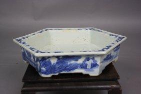 8: 18th Century Blue and White Hexagon Brushwasher The