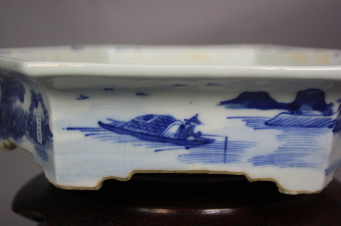 8: 18th Century Blue and White Hexagon Brushwasher The - 2
