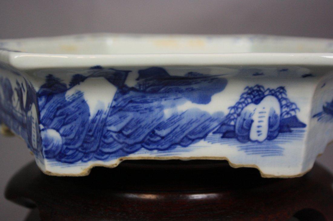 8: 18th Century Blue and White Hexagon Brushwasher The - 3