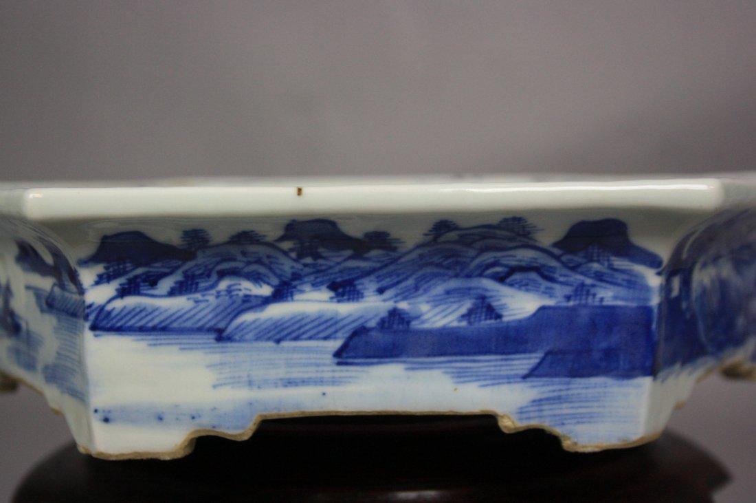 8: 18th Century Blue and White Hexagon Brushwasher The - 7