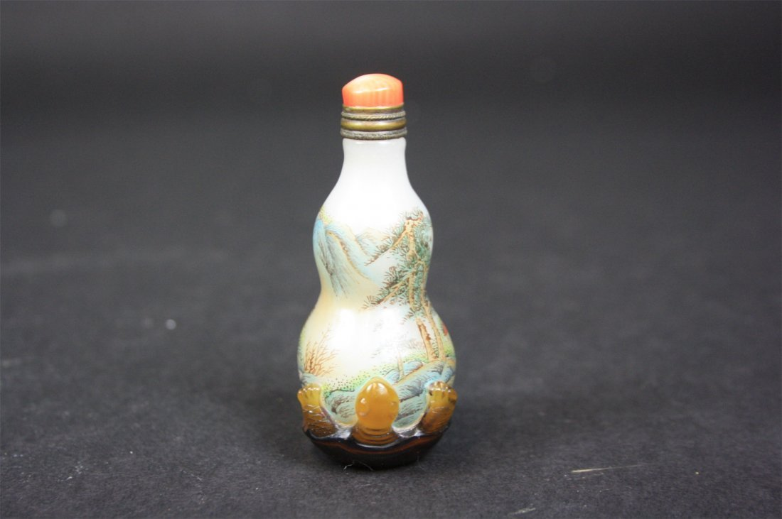Chinese Glass Carved Snuff Bottle   19th/20th Century