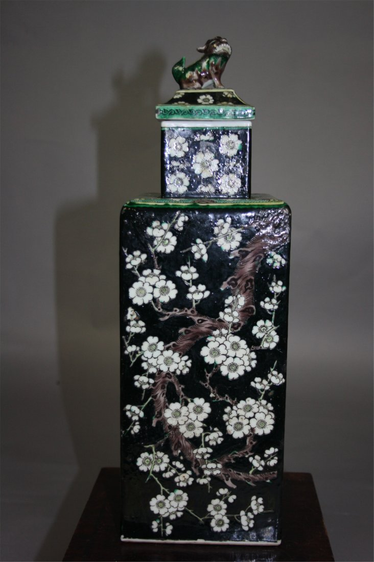 Chinese Kangxi Famille-Noir Square Covered Vase   18th