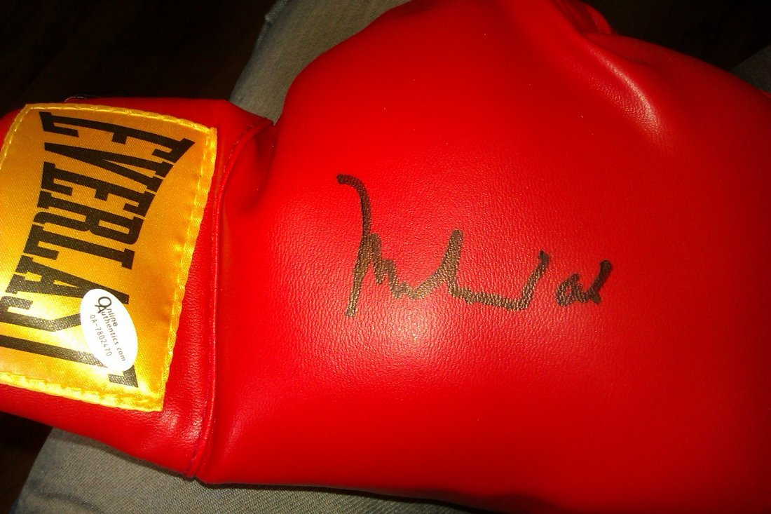 73: Muhammad Ali Signed Everlast Glove