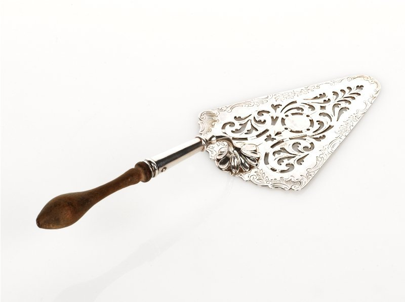3: Early George III Silver Small Serving Trowel