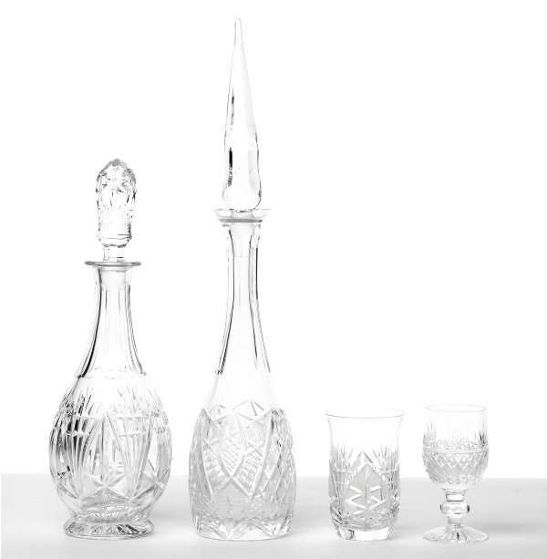 144: Collection of Cut Crystal Glassware