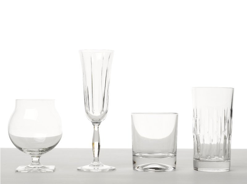 150: Collection of Glassware