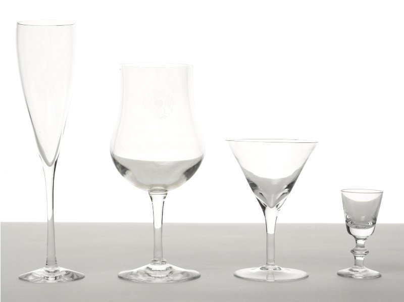 151: Collection of Glassware
