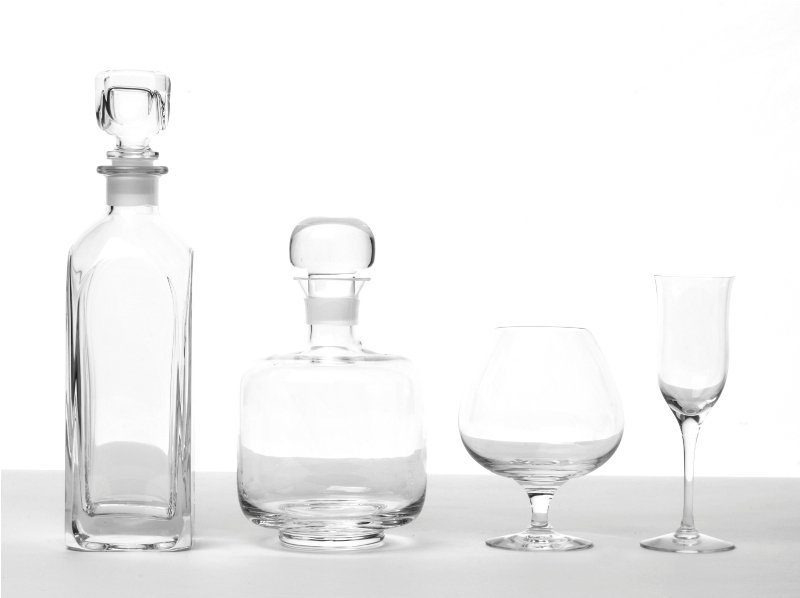 152: Collection of Glassware