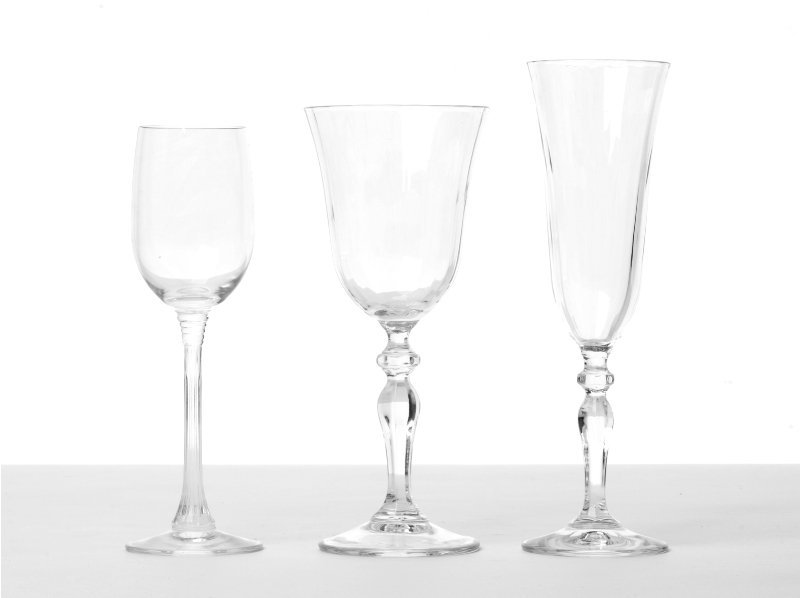 153: Collection of Glassware