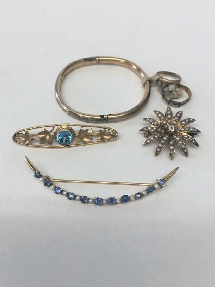 3 PINS IN YELLOW GOLD : SAPPHIRE & PEARL CRESCENT,