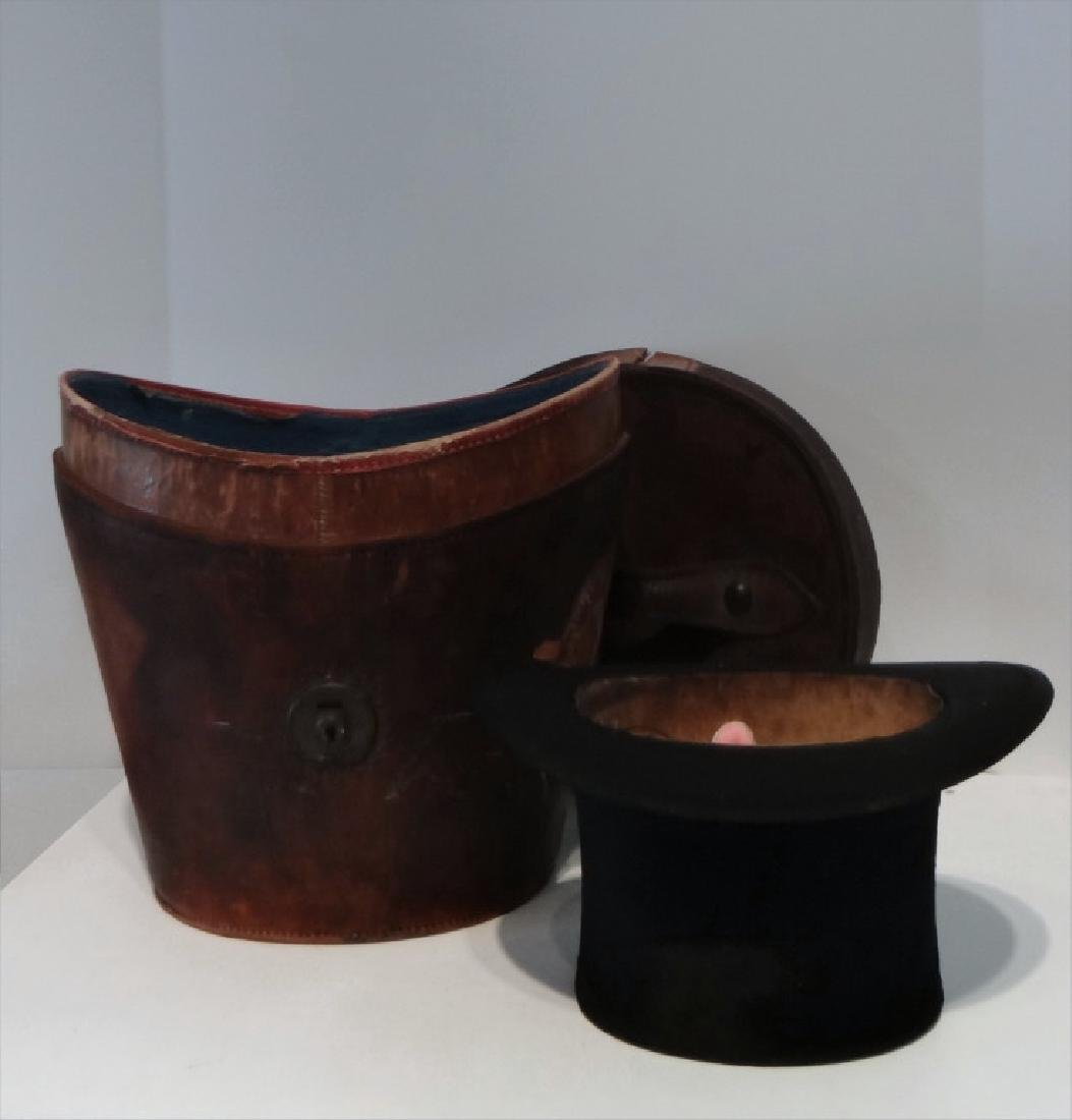 LEATHER HAT BOX W/ STOVE PIPE HAT BY SIMPSON&