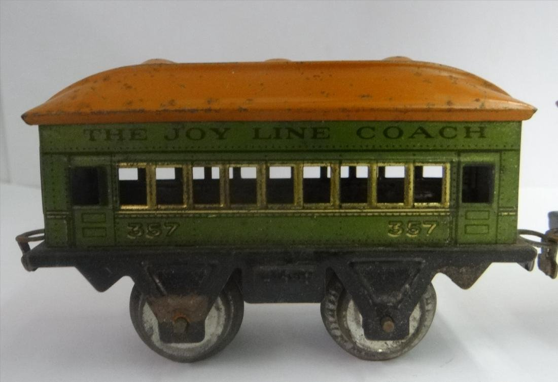 WIND UP TRAINS INC. IVES, 1921 # 19 W/ TENDER & - 5