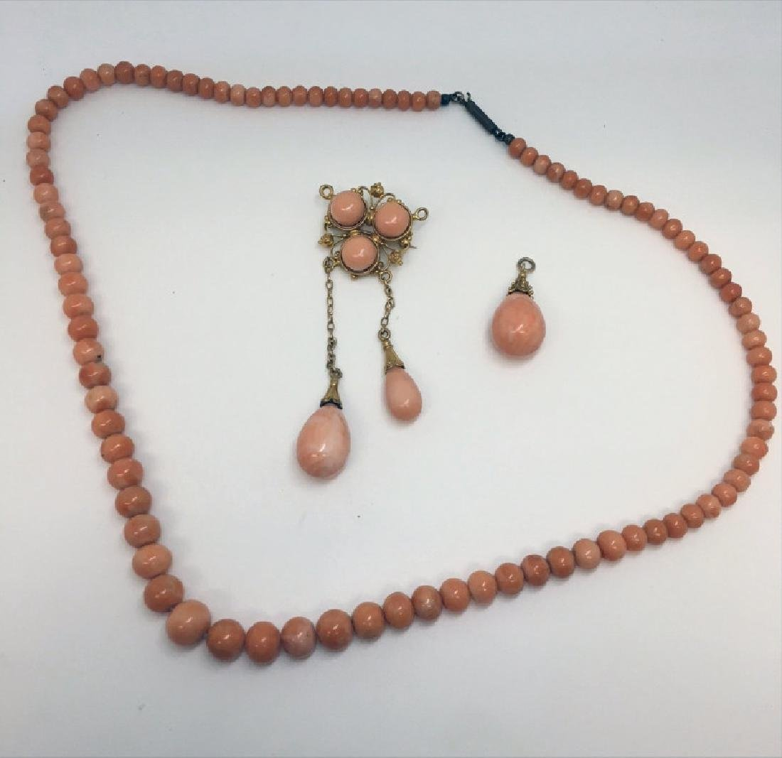 ANTIQUE CORAL BROOCH, NECKLACE & PENDANT