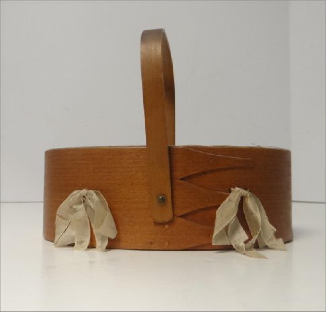SHAKER CLOAK HANGER & SEWING BOX - 3